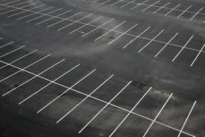 Правительство одобрило идею о госрегистрации парковочных мест во дворах жилых домов